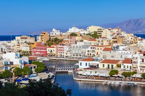 Άγιος Νικόλαος (Κρήτη): Ο Άγιος Νικόλαος ή απλά Άγιος όπως των αποκαλούν οι ντόπιοι. Η πανέμορφη πρωτεύουσα του νομοού Λασηθίου. Κρήτη. Ελλάδα.