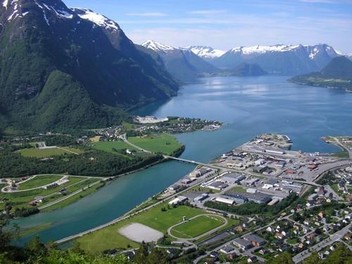 Εξερεύνηση στα Νορβηγικά Φιορδ (19PO28) - Αντάλσνες