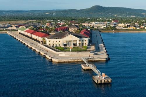 Φάλμουθ: Λιμάνι κρουαζιερόπλοιων στο Φάλμουθ. Τζαμάϊκα.