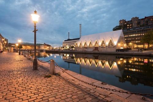 Γκέτεμποργκ: Κλασική άποψη στο Γκέτεμποργκ Σουηδία, fiskekyrka, μια εσωτερική αγορά ψαριών. Γκέτεμποργκ. Σουηδία.
