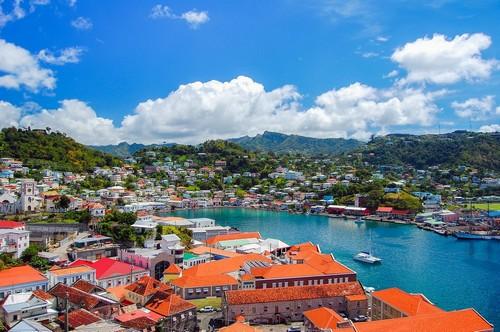 Γρενάδα: To νησί που ανακαλύφτηκε το 1498 από τον Χριστόφορο Κολόμβο. Γρενάδα. Καραϊβική.