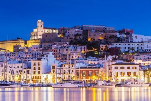 Ίμπιζα (Βαλεαρίδες): Όμορφες αντανακλάσεις. Ίμπιζα. Ισπανία.