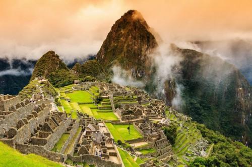 Καγιάο (Μάτσου Πίτσου): Είναι η αρχαία πόλη Μάτσου Πίτσου -που σημαίνει αρχαίο βουνό- που χάθηκε απότομα. Νότιο Περού.