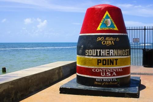 Κι Γουέστ: To νοτιότερο σημείο της Ηπειρωτικής Β. Αμερικής στο Κι Γουέστ, Φλώριδα. ΗΠΑ.