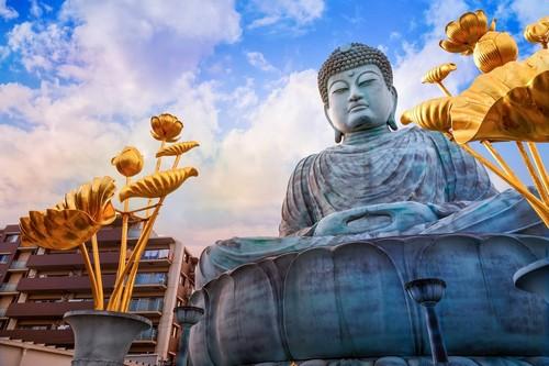 Κόμπε: Ηyogo Δaibutsu ο μεγάλος Βούδας στο ναό Νofukuji στο Κόμπε. Ιαπωνία.