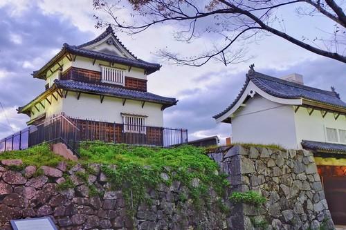 Μαιζουρού: Πύργος Fukuoka, Κάστρο Shiomi στο πάρκο Μαϊζούρου Φουκουόκα. Μαϊζούρου. Ιαπωνία.
