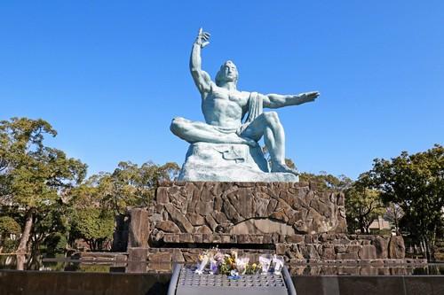 Ναγκασάκι: Άγαλμα Ειρήνης στο Ναγκασάκι. Ιαπωνία.