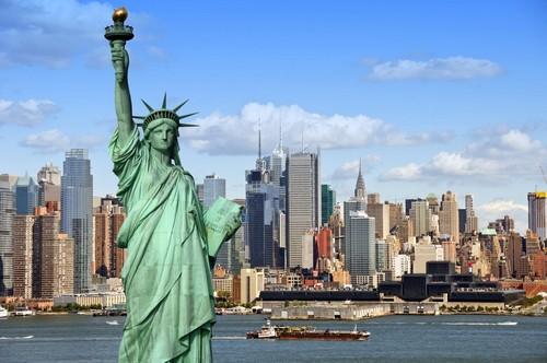 Νέα Υόρκη: Άγαλμα της Ελευθερίας, ποταμός Χάντσον και Μανχάταν. Νέα Υόρκη. ΗΠΑ.