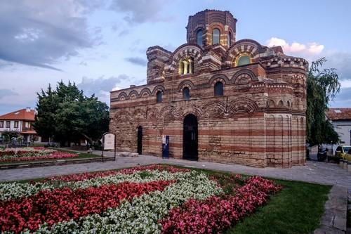Νέσεμπαρ: Ανατέλοντας στην αρχαία πόλη του Νέσεμπαρ. Mνημείο κληρονομιάς της Ουνέσκο. Βουλγαρία.