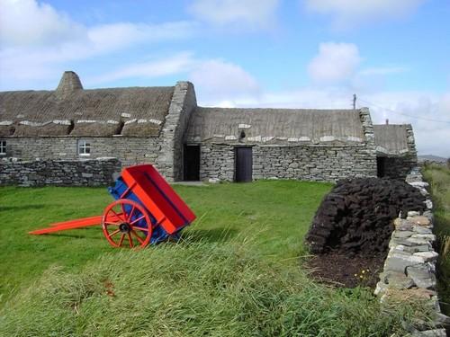 Νησιά Σέτλαντ (Σκωτία): Γραφικό τοπίο με έντονες χρωματικές αντιθέσεις. Νησιά Σέτλαντ. Ηνωμένο Βασίλειο. Σκωτία.
