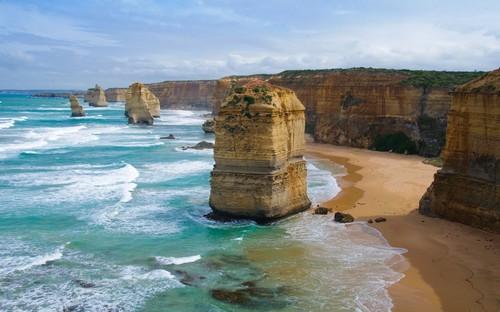 Πορτ Ντάγκλας: Δώδεκα απόστολοι στο λιμάνι Ντάγκλας. Αυστραλία.
