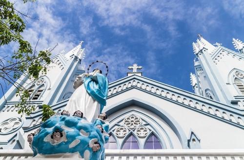 Πουέρτο Πρινσέσα: Άψογος καθεδρικός ναός concepcion στο Πουέρτο Πρινσέσα η κύρια πόλη στη δυτική επαρχία του Palawan. Φιλιππίνες.