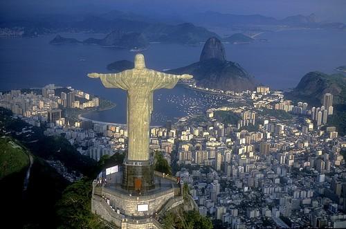 Ρίο Ντε Τζανέϊρο: Χριστός Ο Λυτρωτής. Το σύμβολο του Ρίο Ντε Τζανέϊρο. Βραζιλία.