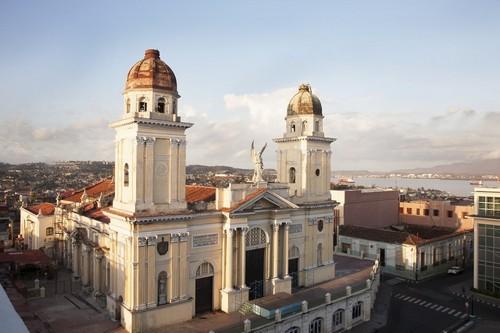 Σαντιάγκο Ντε Κούβα: Ο καθεδρικός ναός του Αγίου Θωμά στο Σαντιάγκο Ντε Κούμπα. Κούβα.
