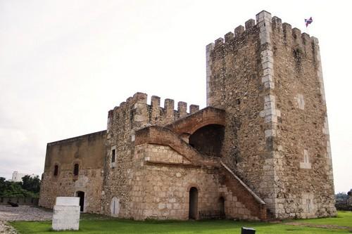 Σάντο Ντομίνγκο : Κάστρο Οζάμα, στο Σάντο Ντομίνγκο. Δομηνικανή Δημοκρατία.