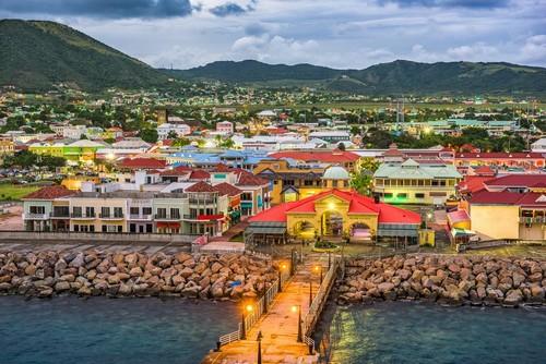Σαιντ Κιτς: Σαιντ Κιτς και Νέβις. Λιμάνι, πόλη και Ορίζοντας. Άγιος Χριστόφορος και Νέβις. Καραϊβική.