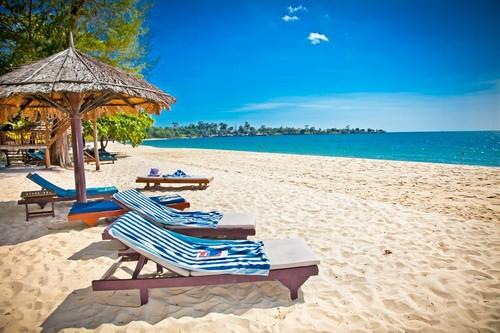Σιχάνουκβιλ: H τροπική παραλία Σόκχα. Σιχάνουκβιλ. Καμπότζη.