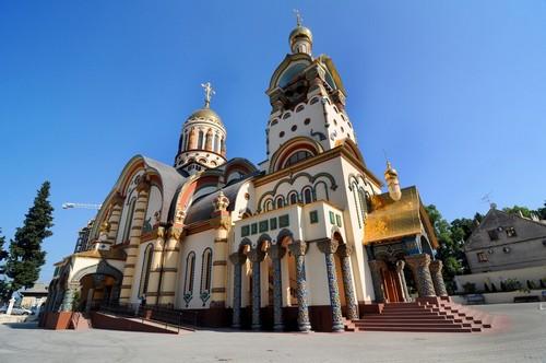 Σότσι: Καθεδρικός Ναός Αγίου Πρίγκιπα Βλαντιμίρ στο Σότσι. Ρωσία.