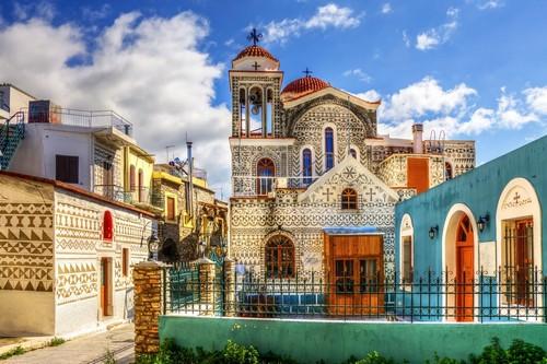 Χίος: Το μεγαλύτερο και πανέμορφο από τα χωριά της Νότιας Χίου. Πυργί. Χίος. Ελλάδα.